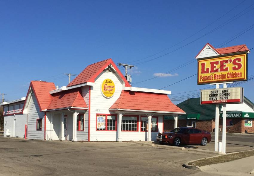 Huber Heights, Ohio | Lee's Famous Recipe Chicken